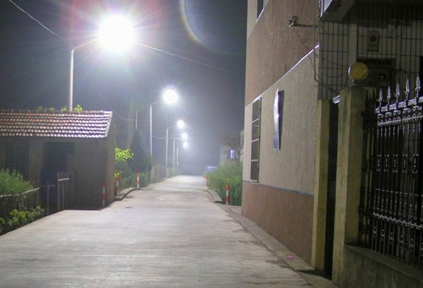 Limin solar street lamps are installed in sihe township, suqian city, jiangsu province